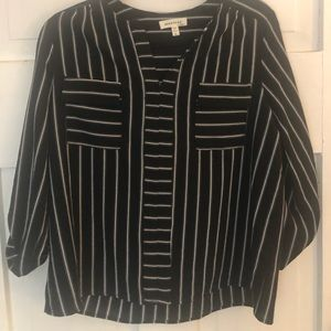 Monteau Large Black & White Popover Roll Tab Top